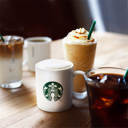 スタバってコーヒー一杯で500円とか頭おかしくね?スーパーで買えば1リットル88円だぞ?