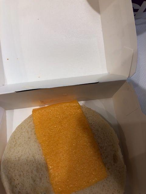 フィレオフィッシュに入ってるチーズっていつからこんなのになったの?