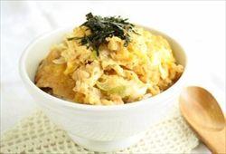 天ぷらの残りをめんつゆで煮て卵でとじて食うよな?