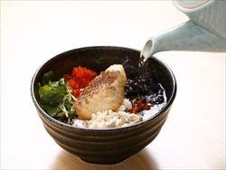 ご当地どんぶり選手権、新潟の「鯛茶漬け」が悲願のグランプリ