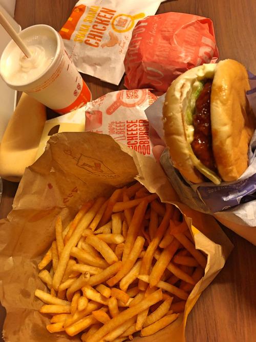【写真】マクドナルド中毒者ぼく、1ヶ月ぶりにマックを食って大満足