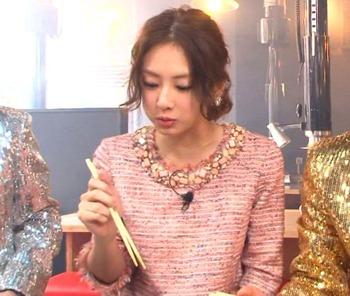 【動画】昨日のめちゃイケ『ガリタ食堂』、北川景子の箸の持ち方が変(´・ω・`)