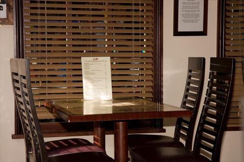 restaurant-220409_960_720_R