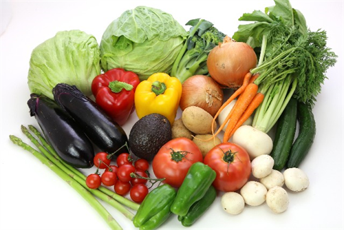 高値の野菜を少しでも安く手に入れる方法は?