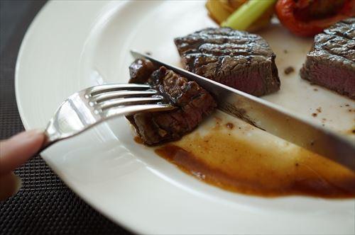 お前らが一度の外食で使った最高値っていくらで何食った時?