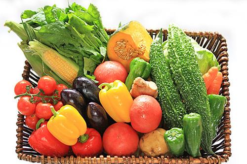 野菜や果物を多く摂取する人は死亡するリスクが低下、24年間で9000人調査