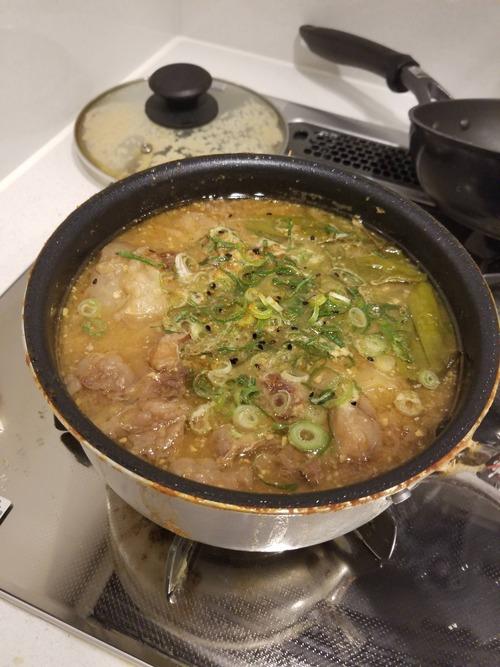 ワイの一時間煮込んだ牛スジ煮込み、とうとう完成