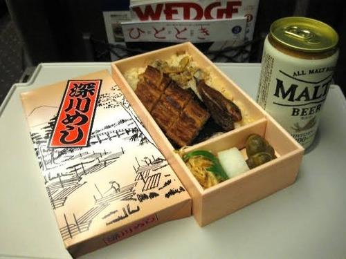 新幹線ぼく「駅弁パカッ」隣のジジイ「スッ走り出してから食べた方がうまいぞ」