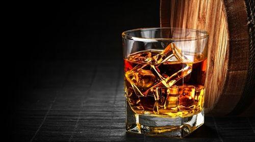 ウイスキー飲みたいけど飲めへん…