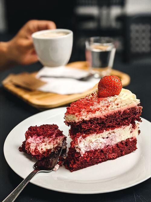 女さん「適当にケーキ4つ買ってきて」←ショートケーキ、モンブラン、ティラミスあと一つは?
