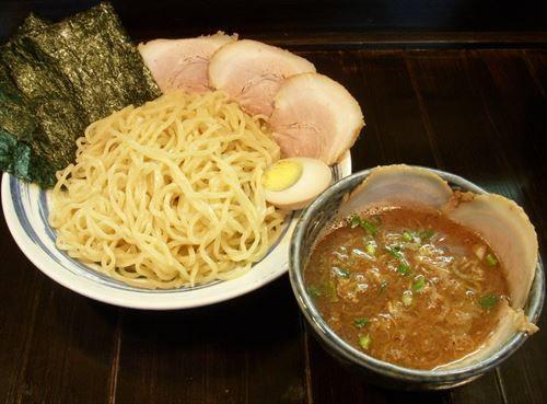 濃厚魚介豚骨つけ麺ウマすぎぃ!