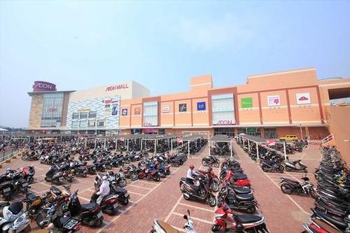 【画像有り】「客来るわけないよ」→ベトナムイオンに1日15万人の来客が押し寄せるww!
