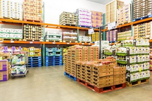 コストコはスーパーマーケットの分際で年会費取るけど行く価値ある?