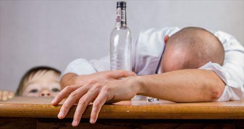 alcoholic-1939418_960_720_R