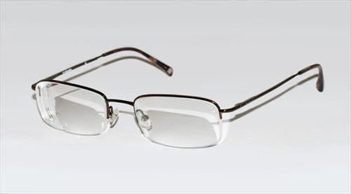 Half_rim_glasses_R