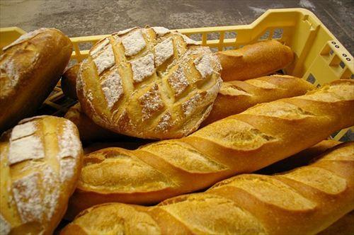 個人経営のパン屋で働いてるけど質問ある?