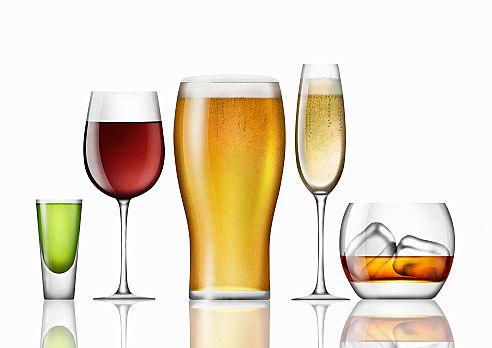 お酒を飲まないとモテない!? 交際経験ゼロの3人に1人が「まったく飲まない」