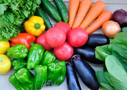 健康のため意識して野菜食ってるけど金飛ぶな