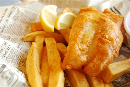 Modern_fish_and_chips_(8368723726)_R