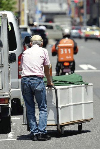 弁当の路上販売に試練、秋から保冷容器が義務に…衛生管理の基準などを定めた東京都条例の規制を今秋から強化
