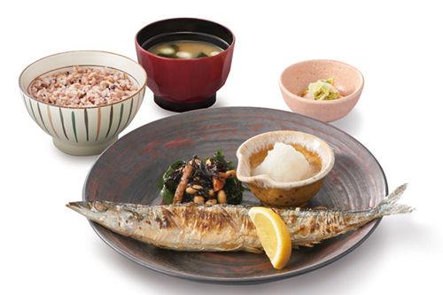 【悲報】大戸屋、サンマ不漁のためサンマ定食見送り