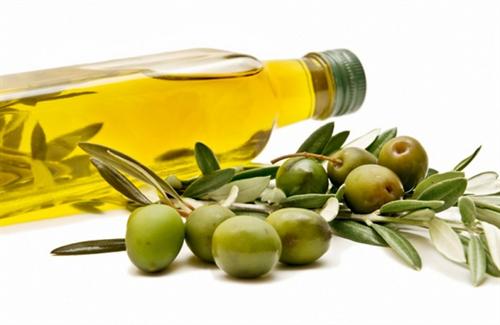 オリーブオイルの価格が急騰 18か月で51%も上昇