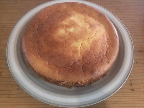 引きこもりニートだから朝からケーキ作る