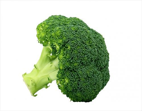 broccoli-isolated-on-white_R