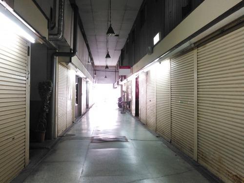 新型コロナで閉店ラッシュの飲食店 都内も北海道もダメ