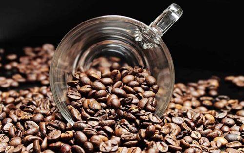 コーヒーうまいけど淹れるの面倒くさくなってくるな
