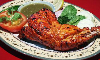 インドのスパイシーな定番料理 タンドリーチキンの作り方