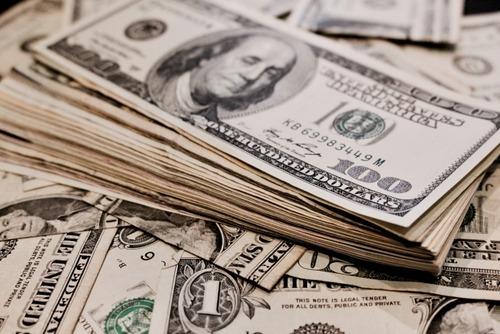 アメリカ上院、244兆円の経済対策案可決 新型コロナで