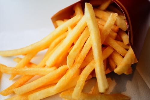 マクドナルドのポテト「寿命は7分間」