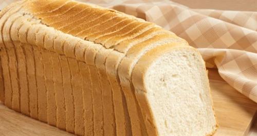 食パンにマーガリン塗ってから焼くか、焼いてから塗るか