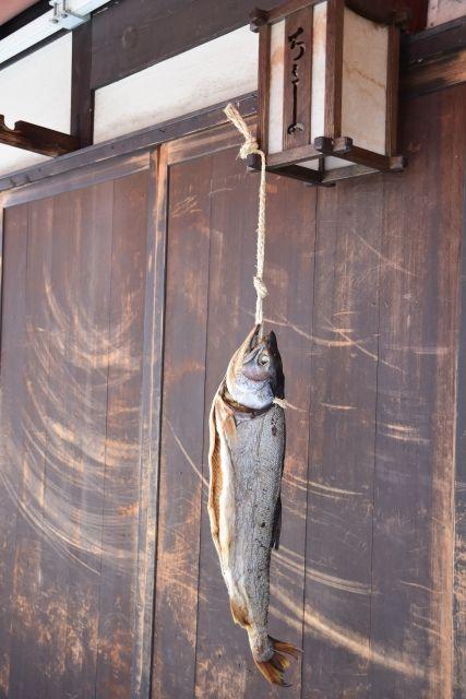 新巻鮭と言うか塩っ辛い塩鮭が北東北3県の食い物だな