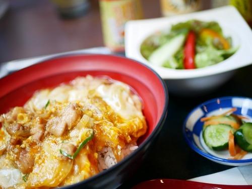 ワイ「『親子丼 レシピ』っと」クックパッド「余り物親子丼!ヘルシー親子丼!野菜たっぷり!」