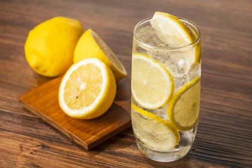 キリンの麹レモンサワー、檸檬堂よりうまい