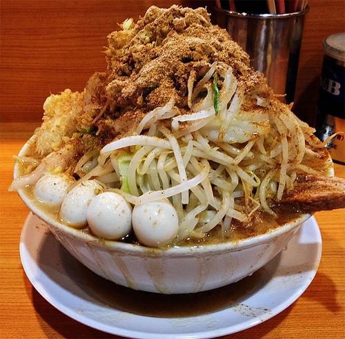 【二郎マニア】3日間1日3食ずっとラーメン二郎だけを食べ続けた結果(笑)