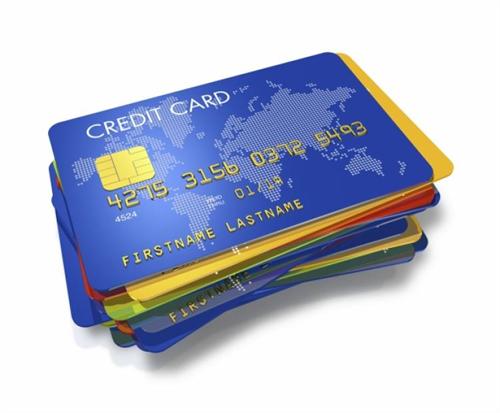 クレジットカード使うと店は手数料分損するのに現金払いと同じ値段でいいの?