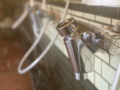 東京の若者に風呂なし物件が人気 「銭湯あるしなくても困らない」文化住宅化進む