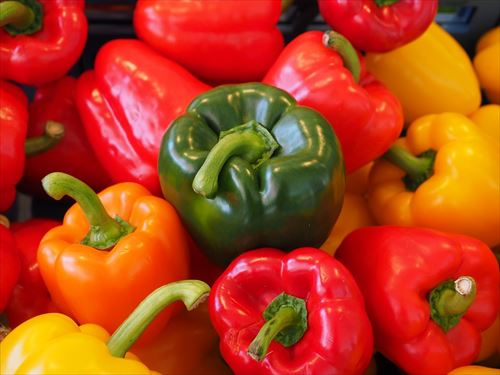 sweet-peppers-499075_960_720_R