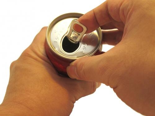 【悲報】ワイ、ビールに350ml缶が存在する意味がわからない