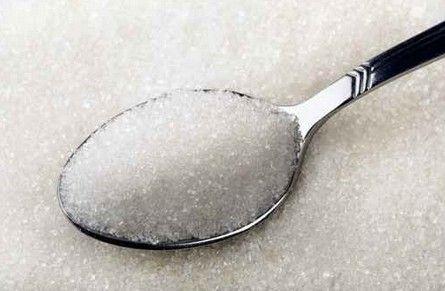 人気ドリンクとお菓子の砂糖含有量を比べてみたら・・・