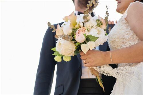 【悲報】結婚のメリットガチのまじで『世間体』以外ない…