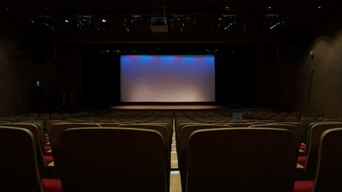 昔の映画館って一日中見放題だったよね