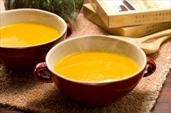 うちで、カレー風味のかぼちゃスープ、よく作ってます。