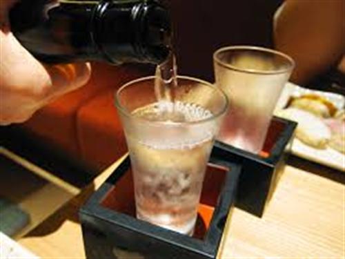 日本酒って美味しいな!