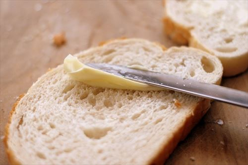 マーガリンがダメと分かってからとんと食パンを食わなくなった