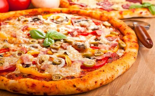 """最も""""中毒""""になりやすい食べ物…1位「ピザ」、2位「チョコレート」、3位「ポテトチップス」 反対に「最も""""中毒""""になりにくい」食品は「キュウリ」"""