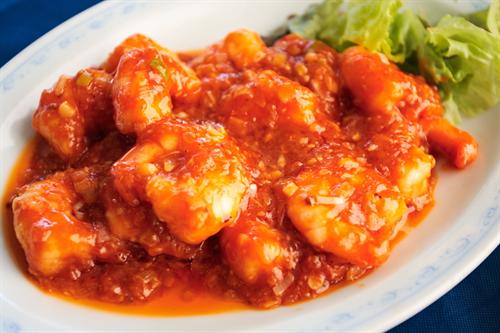 中国人「天津飯?エビチリ?冷やし中華?焼き餃子?そんなもん中国にねーよ。」